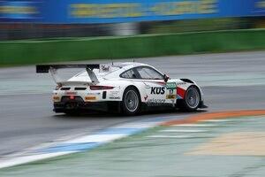 Zeigte der Konkurrenz nur sein Heck: Der Porsche 911 GT3 R vom Team75 Bernhard