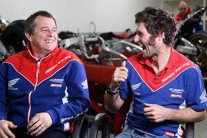 John McGuinness (li.) und Guy Martin sind 2017 Teamkollegen im Honda-Werksteam