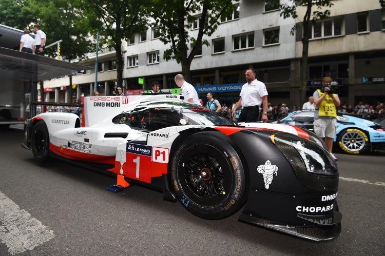 Mathias Lauda mischt um Le Mans-Sieg mit