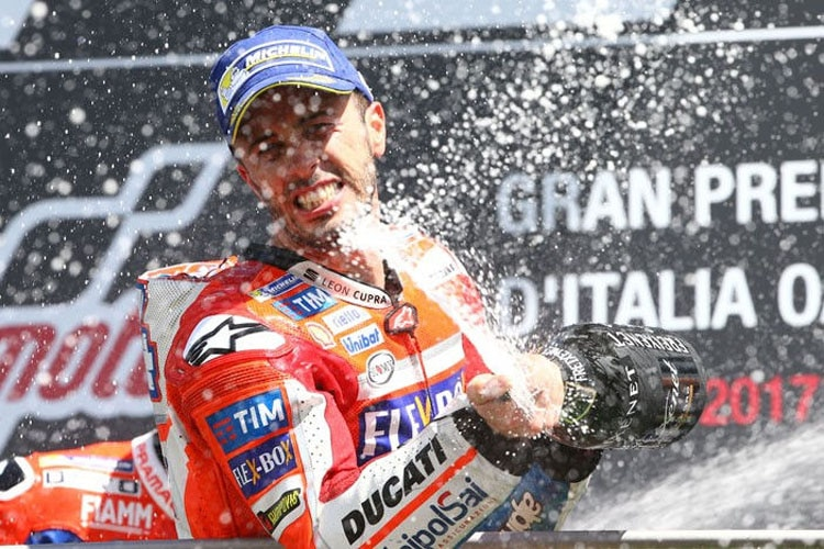 MotoGP: Marquez startet von Pole Position in den Titelkampf