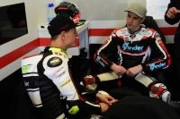 Dominique Aegerter und Teamkollege Danny Kent in der Kiefer-Box