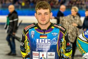Max Niedermaier verletzte sich in Heerenveen an der Schulter