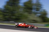 Sebastian Vettel auf dem Weg zur Pole-Position