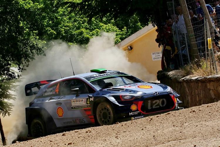 Este Ott Tänak feiert ersten Rallye-Sieg