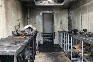 Die Innenausstattung sowie Werkzeuge sind den Flammen zum Opfer gefallen