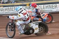 Martin Smolinski und Andrejs Lebedevs von Landshut