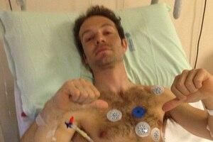 Sylvain Guintoli im Krankenhaus von Imola