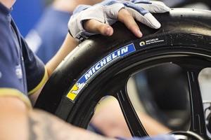Michelin wird auch im zweiten Jahr nach dem MotoGP-Comeback mit den Widerwärtigkeiten des Sports konfrontiert