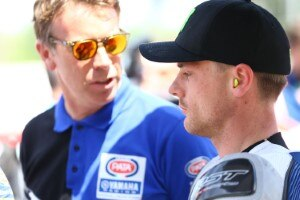 Yamaha-Teamchef Paul Denning (li.) mit Alex Lowes