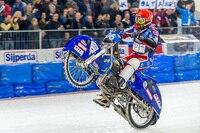 Schon nach Heat 14 konnte Dmitri Koltakov einen Wheelie ansetzen