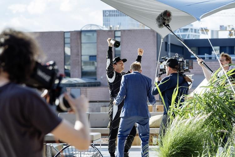 Weltmeister Nico Rosberg wirbt für die Deutsche Bahn