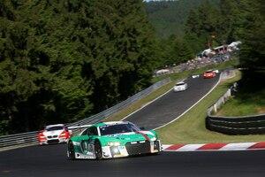 Der Führende: Audi R8 LMS von Connor De Phillippi, Christopher Mies, Markus Winkelhock unf Kelvin van der Linde