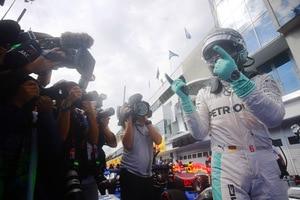 Die Rennkommissare haben entschieden: Nico Rosberg wird nicht bestraft