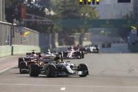 Hamilton vor Vettel in Baku