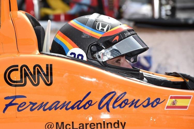Alonso fährt auch 2018 für McLaren