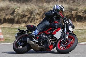 Yamaha MT-07 Moto Cage, die Edelversion der MT-07, kostet 7250 Euro. Minus 500 Euro Führerscheinzuschuss