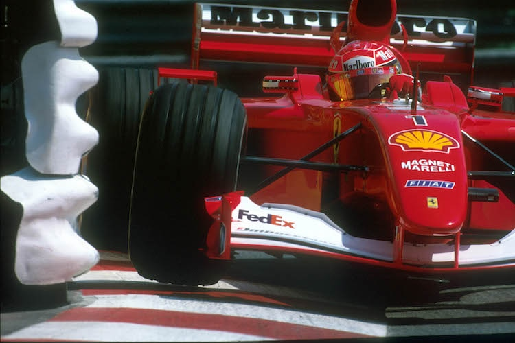 Schumacher-Ferrari für Rekord-Summe versteigert