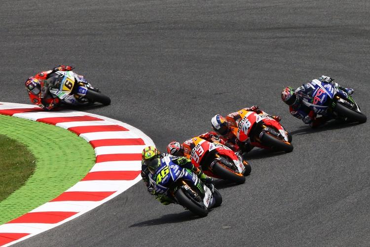 Topic Rossi MotoGP - Page 3 764f652364604eaabc1c9f5207a61d9a