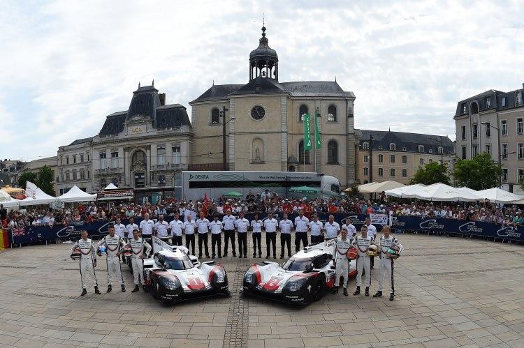 Motorsport: Toyota in Le Mans weiter Spitze