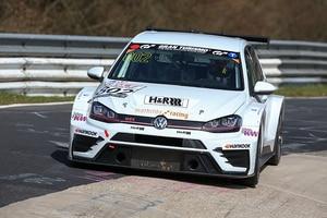 Erfolgreiche Premiere für den Volkswagen Golf GTI TCR von Mathilda Racing
