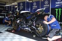 Im Yamaha-Team wird fleissig gearbeitet