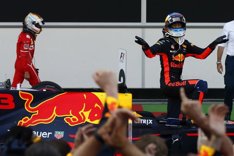 Vettel droht Sperre - FIA verhängt Strafpunkte