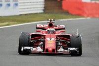 Kimi Räikkönen mit kaputtem Reifen