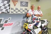 Marco Lucchinelli mit Dorna-CEO Carmelo Ezpeleta