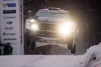 Mit Tempo 200 übers Eis – Ford-Pilot Ott Tänak