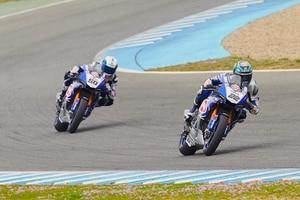 Alex Lowes und Sylvain Guintoli reizten ihre Yamaha R1 aus