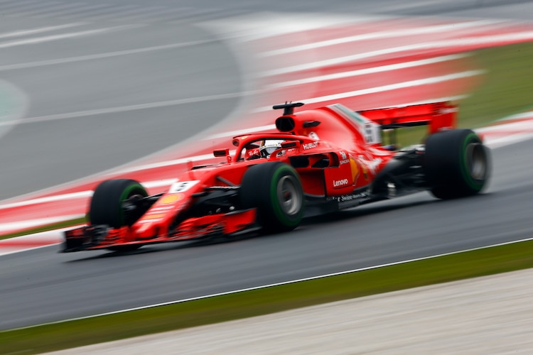 Sebastian Vettel darf am Dienstag und Freitag im Ferrari Gas geben