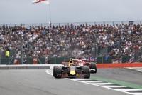 Sebastian Vettel und Max Verstappen lieferten sich ein heisses Duell