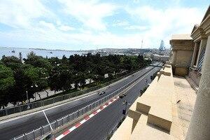 Die Formel-1-Stars dürfen heute endlich auf dem Highspeed-Strassenkurs von Baku ausrücken