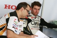 Crew-Chief Christophe «Beefy» Bourguignon und Cal Crutchlow