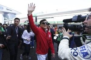 Jackie Chan in der Startaufstellung zum 6h-Rennen der FIA WEC in Shanghai