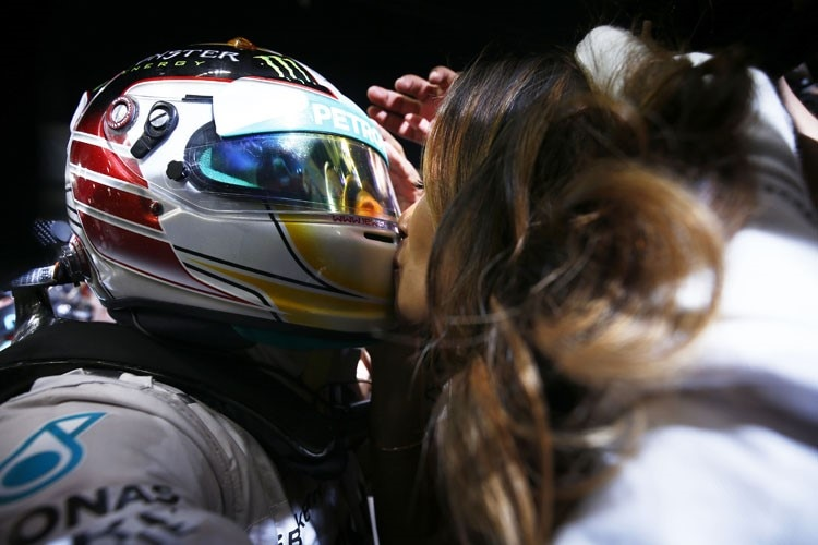 Liebeskummer Auch Champion Lewis Hamilton Trauert Formel 1 Speedweek