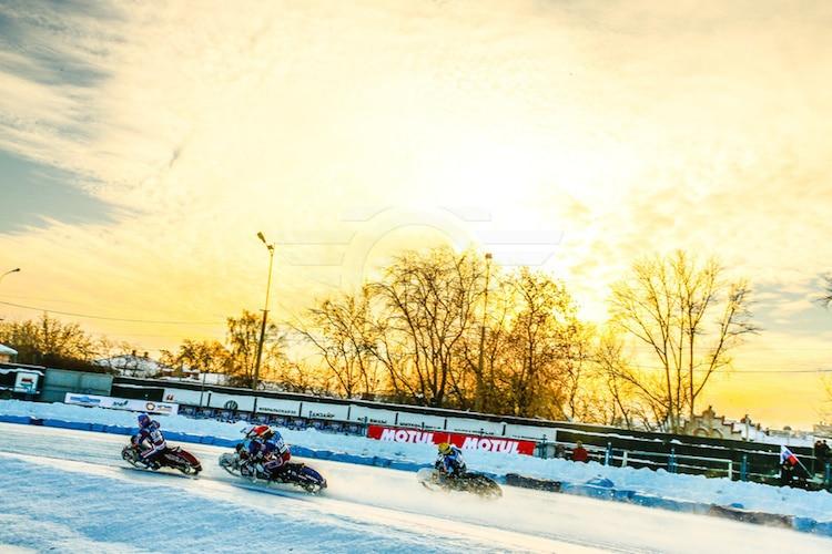Willkommen zum Eisspeedway-GP in Shadrinsk