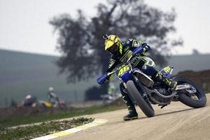 Hausherr Valentino Rossi: Platz 2 im American Race am Samstag