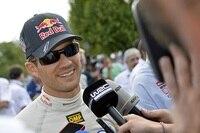 Sébastien Ogier freut sich über den Dreifach-Sieg von VW