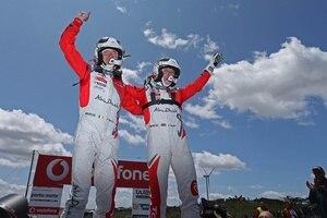 Die Portugfal-Sieger: Paul Nagle (li.) und Kros Meeke