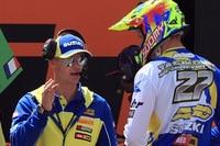 Letztes briefing von Stefan Everts für Arminas Jasikonis vor dem Rennen in Trentino