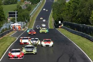 Das Frikadelli Racing Team geht mit seinen beiden Porsche 911 GT3 R als Favorit in den 59. ADAC ACAS H&R-Cup.