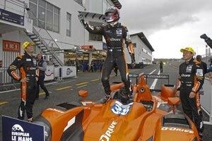 Sieg und Titel für G-Drive Racing mit Giedo van der Garde, Harry Tincknell und Simon Dolan (v. li.)