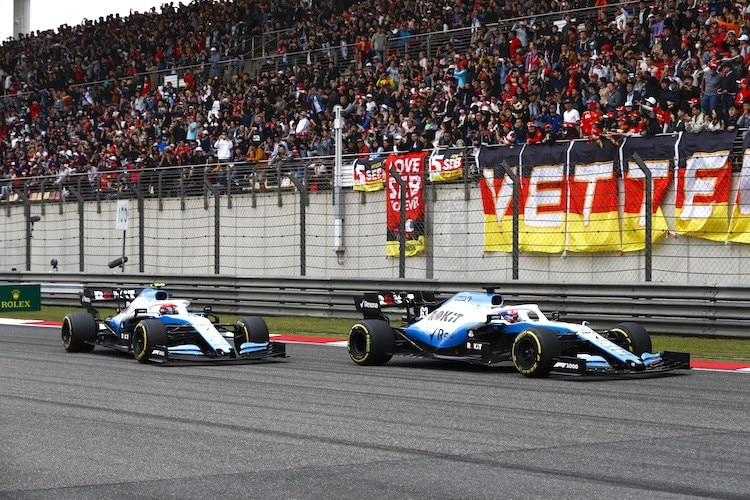 Die Williams von George Russell und Robert Kubica in China