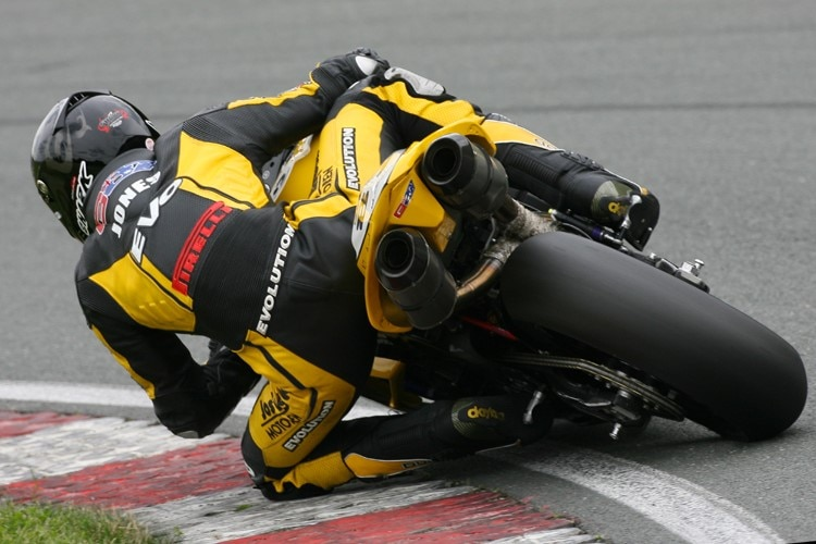 Gareth Jones - IDM Superbike
