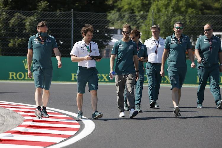 Sebastian Vettel (Aston Martin): Angriff auf Alonso