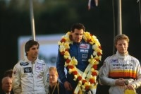 Formel Ford Festival 1986 in Brands Hatch: Philippe Favre, Sieger Roland Ratzenberger, Peter Rogers
