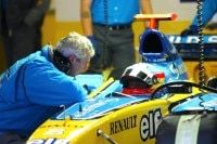 Pat Symonds in Barcelona 2004 mit Fernando Alonso