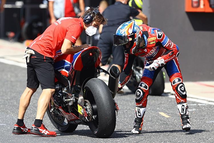 La Honda Fireblade n'a pas été développée sur des pneus Pirelli