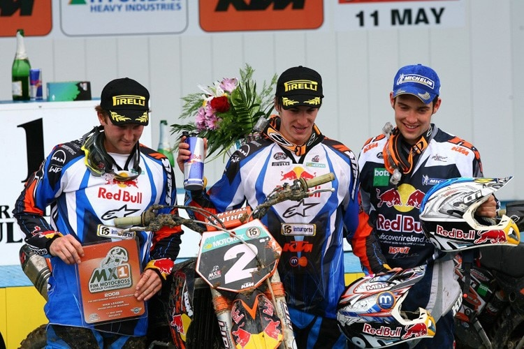 KTM-Podium: Rattray (Red Bull KTM), Searle (Red Bull KTM) und Simpson (KTM UK) in Sevlievo 2008